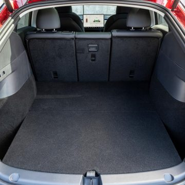 Tesla Model Y Performance   Kofferraum