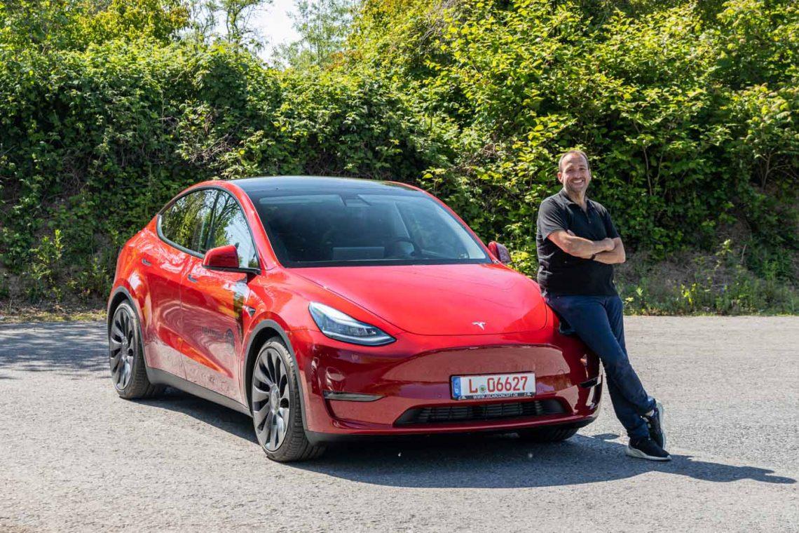 Tesla Model Y Performance   Komplettansicht